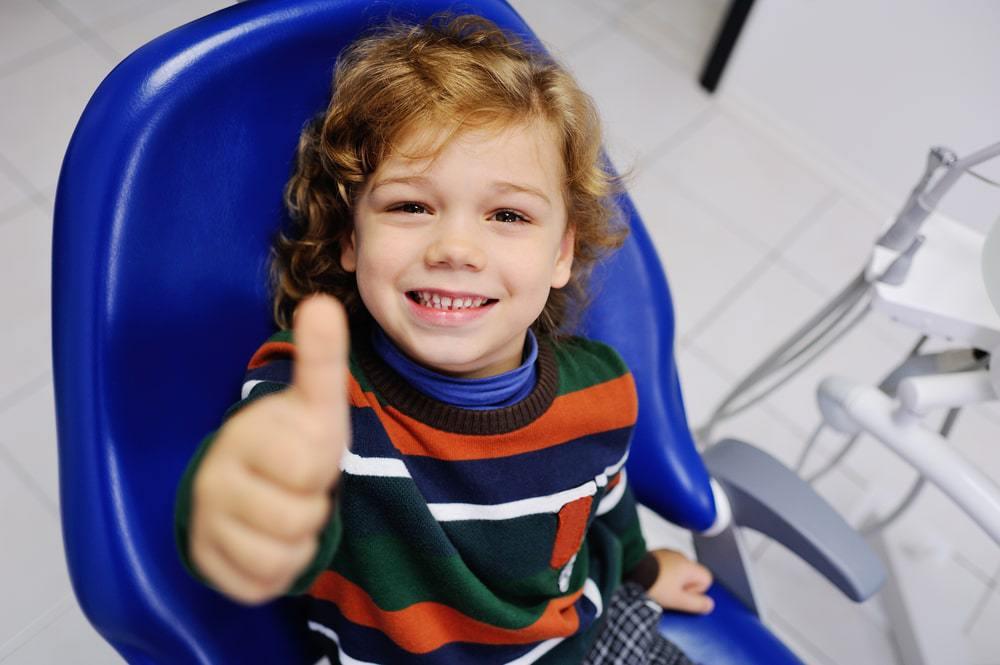 5 conseils pour que les visites dentaires de votre enfant se déroulent bien
